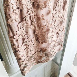 Tadashi Shoji Dresses - Tadashi Shoji Sleeveless Scalloped Lace Sheath